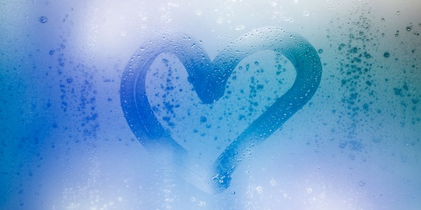 Tutto quello che c'è da sapere sull'acqua idrogenata per la salute: il più importante antiossidante in natura
