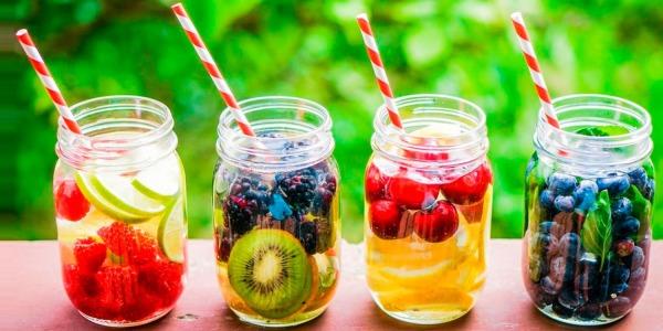 Acque Detox: Come Aumentarne l'Efficacia - Ricette Pratiche
