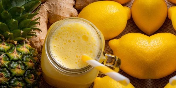 Succo brucia grassi - pancia piatta a base di ananas zenzero e limone